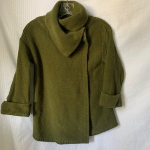 Old navy olive knit 3/4 sleeve sweater turtleneck